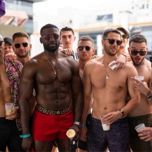 Bachelor+VIP+Grand+Cabana